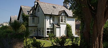 Longmead House Bed and breakfast